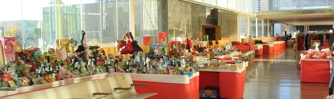 freesia christmas fair tables